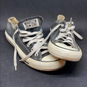 Mens womens chuck taylor converse all star.